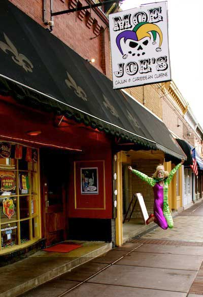 Moejoes A Fusion Of Cajun Caribbean Cuisine In Downtown